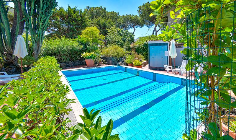 hotel-pineta-ischia-piscina1